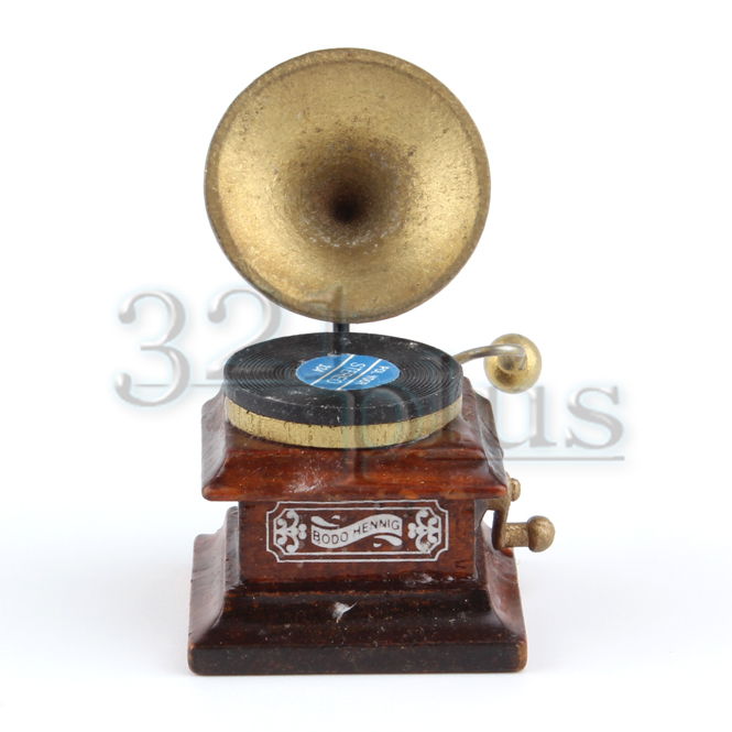 Dolls House Gramophone Record Player Old Fashioned Resin Music Room Accessory